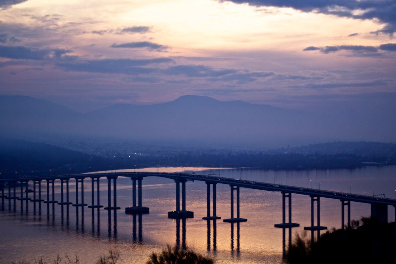 Tasman_Bridge_lg.JPG