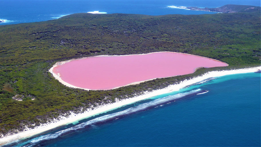 The surreal Lake Hillier, on Middle Island