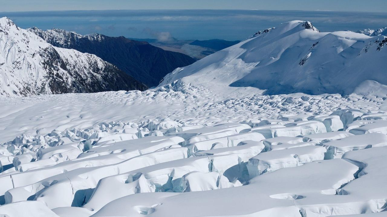 020_Glacier_Icefall_lg.jpg