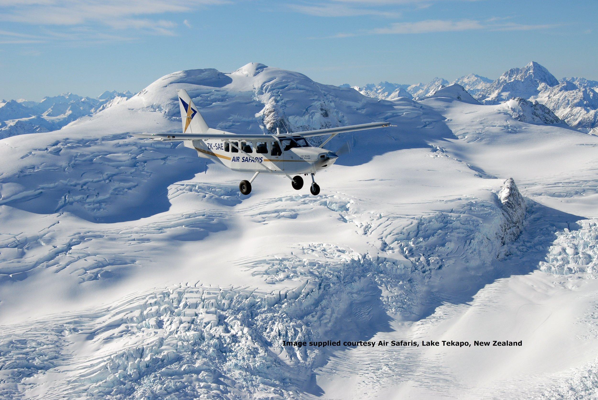 Airvan Tasman Glacier2.jpg