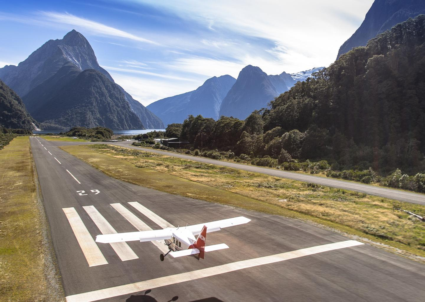 Milford Sound Airport.jpg