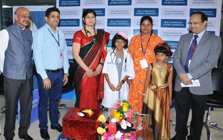 Pic_3_Mr_Srinivasa_GB_GM_Business_Development__Mr_Gangadhar__director_of_Make_a_wish_foundation__Dr_Neema_Bhat__Pediatric_Hematology.JPG