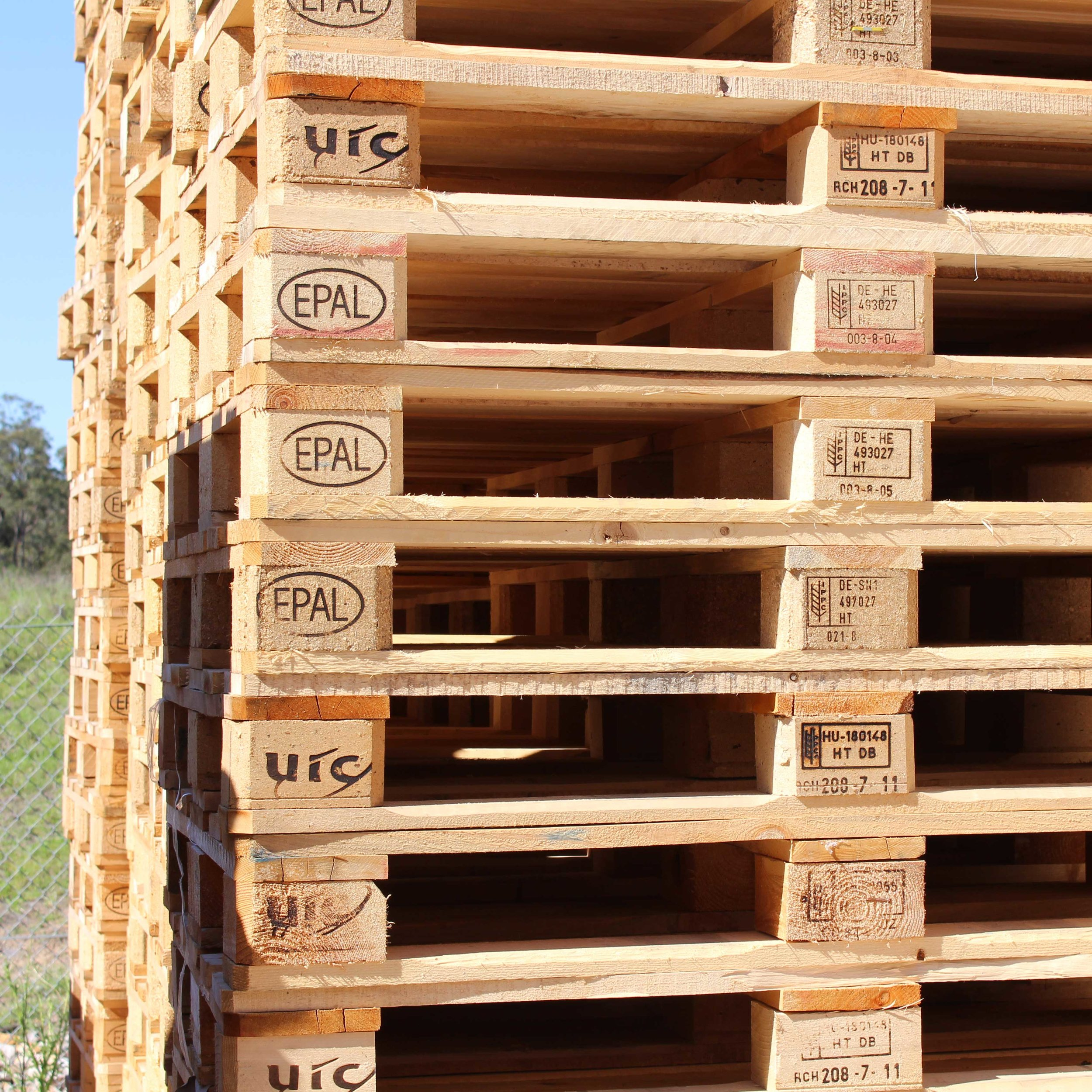 RECYCLED EURO PALLETS -