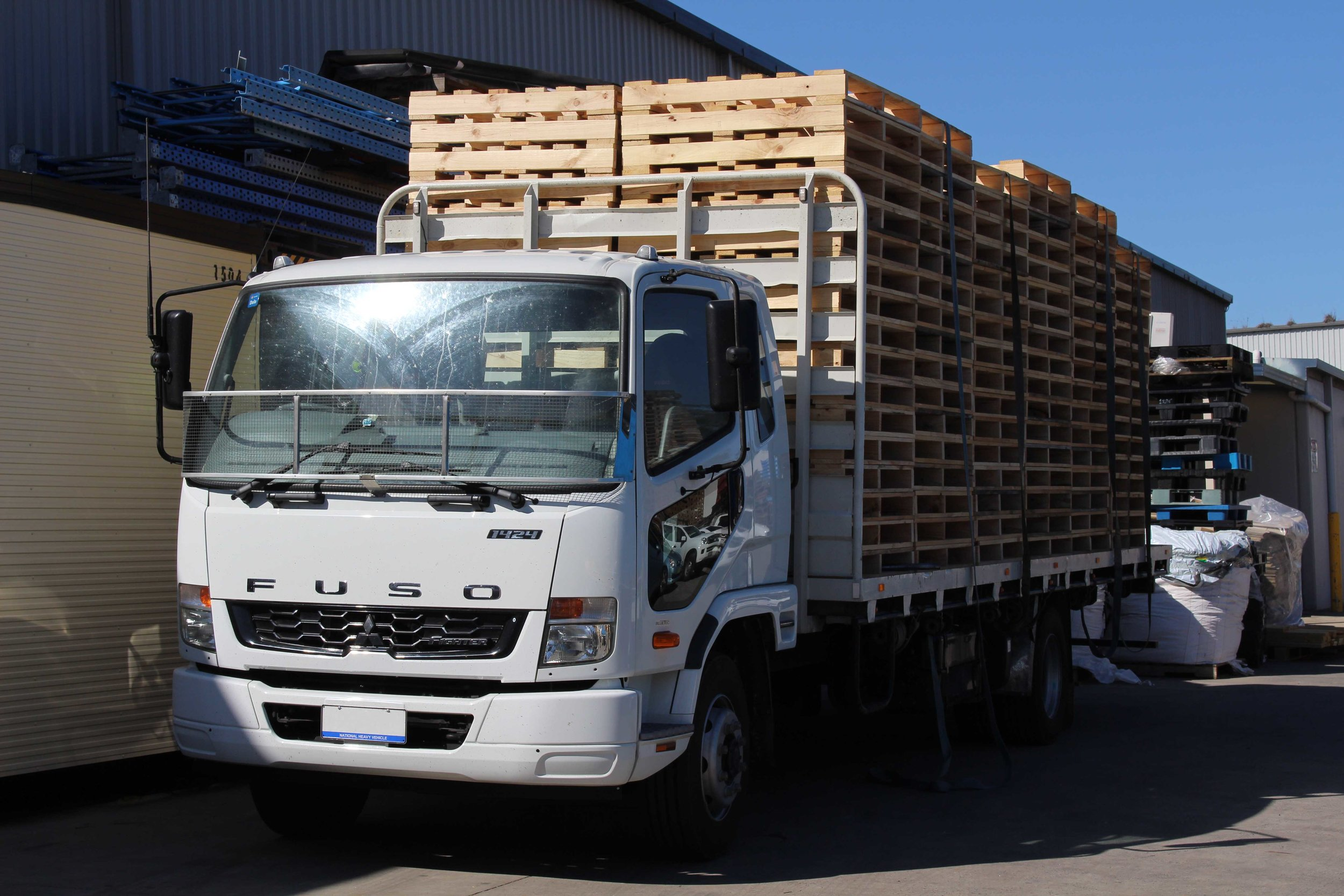 pALLET pICKUP sERVICES - Conditions Apply*