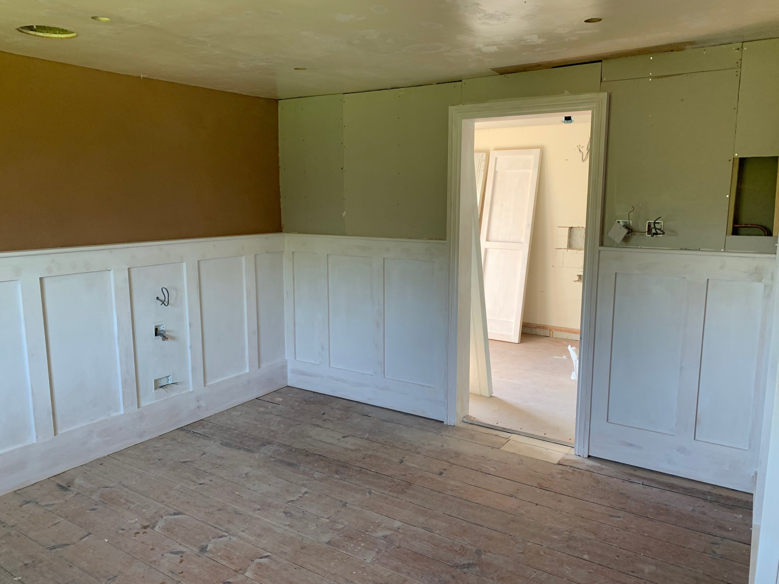The main bedroom with the new en-suite is starting to take shape.