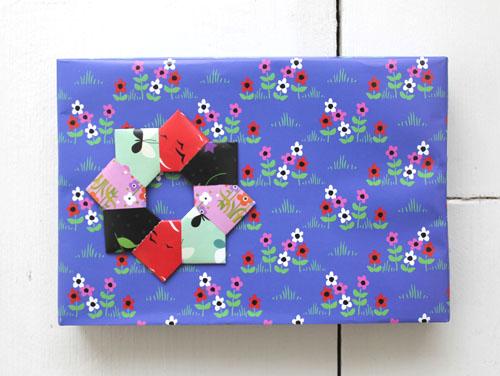 Papier-cadeau-Fifi-Mandirac-5.jpg