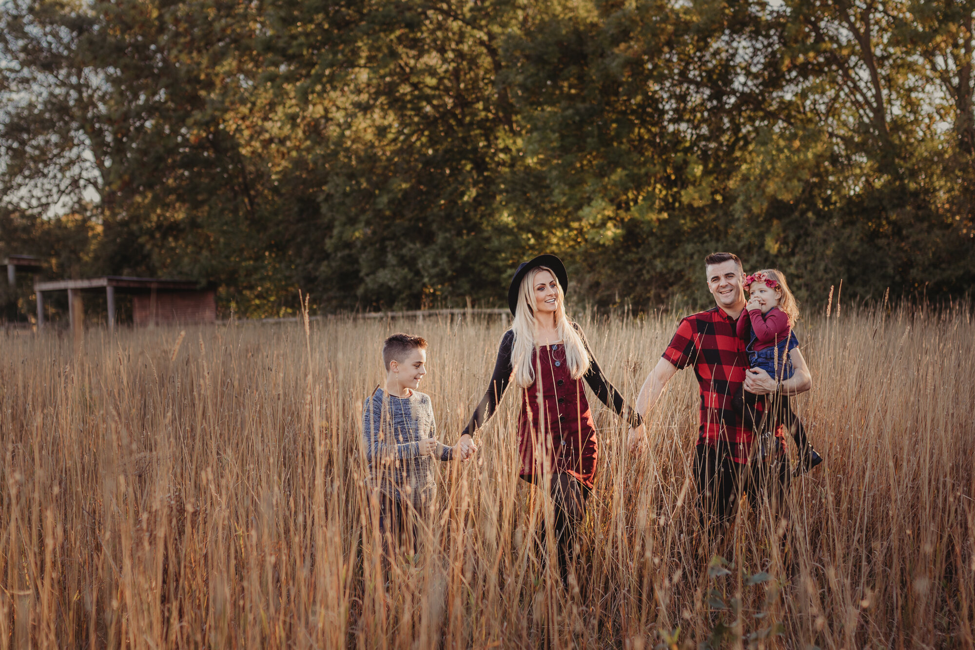 non-traditional portrait photographer family photographer lifestyle photographer wedding photographer engagement photographer yorkshire u.k. creative outdoor location portrait photography North Yorkshire leeds ripon york