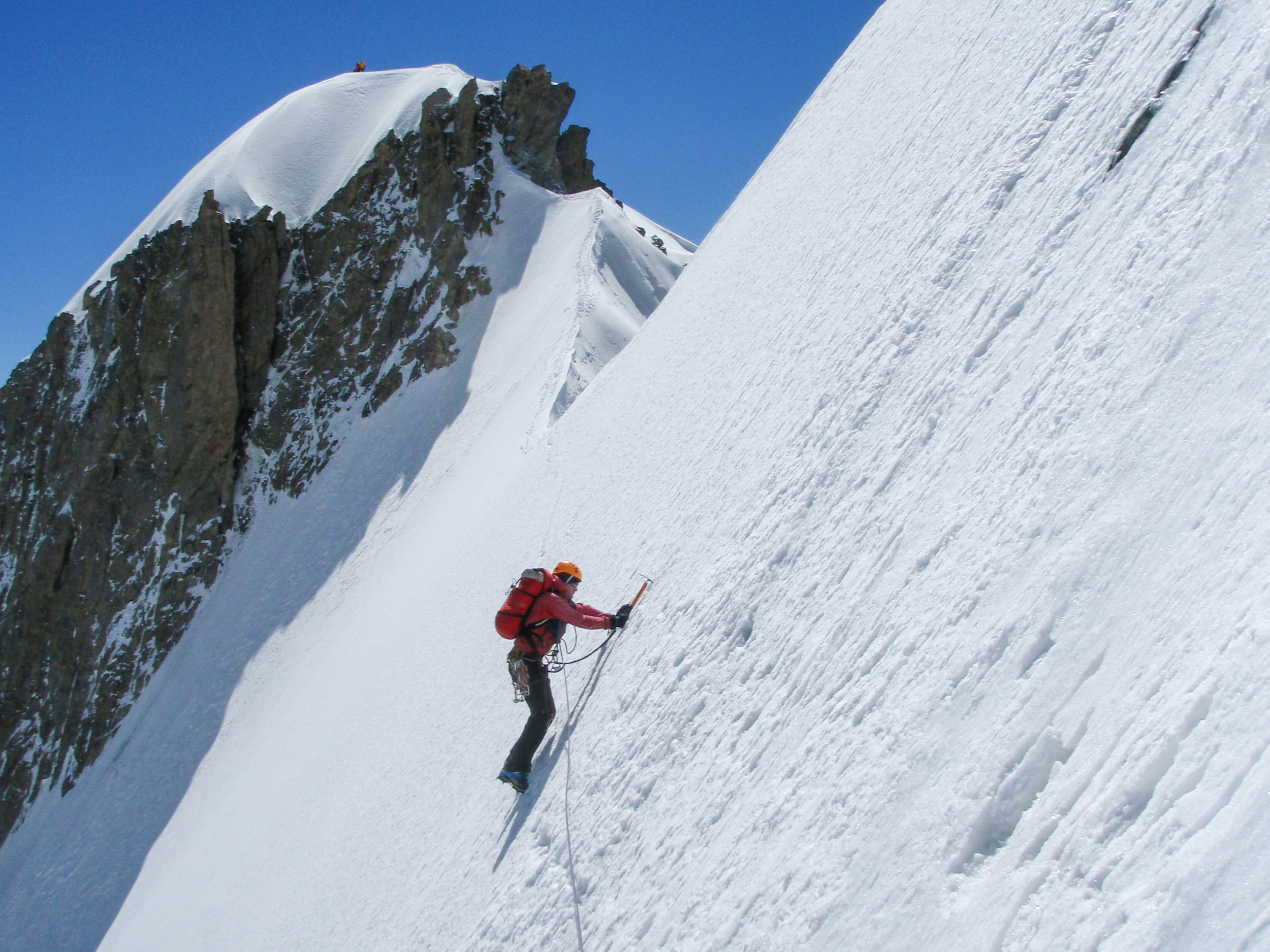 The sensationally exposed traverse of the Aiguille Blanche de Peuterey