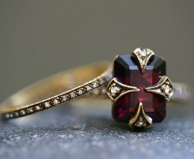Gorgeous garnet - via Pinterest