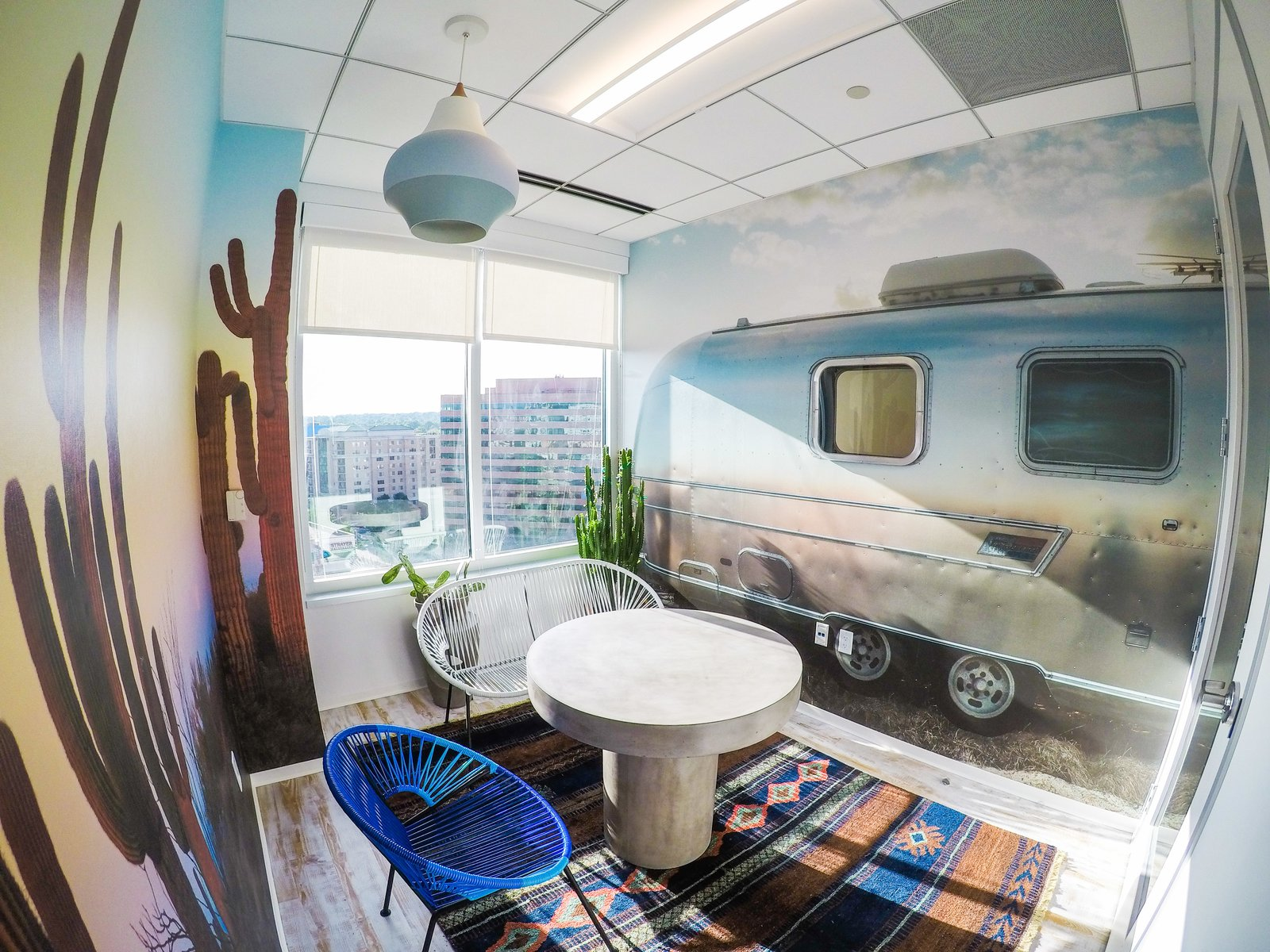 airstream-rv-room-for-meetings-designed-with-inspiration-from-the-companys-founder-joel-holland.jpg