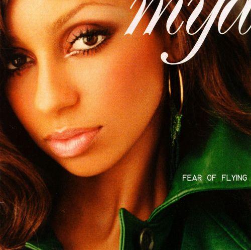 Mya_fear_of_flying.jpg