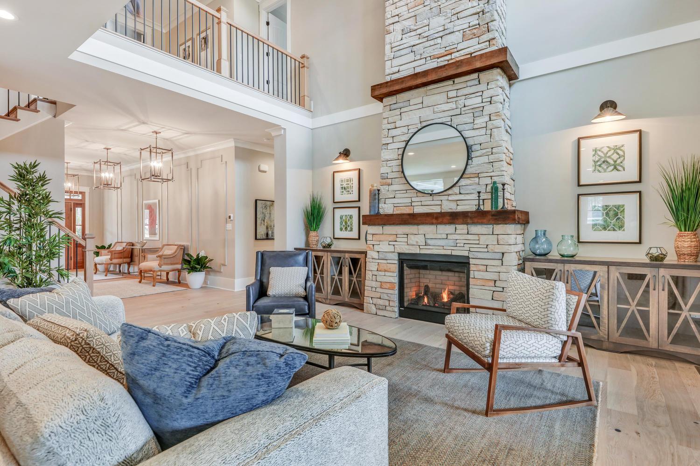 7200 Bonallack Drive-large-021-12-Family Room-1500x1000-72dpi.jpg