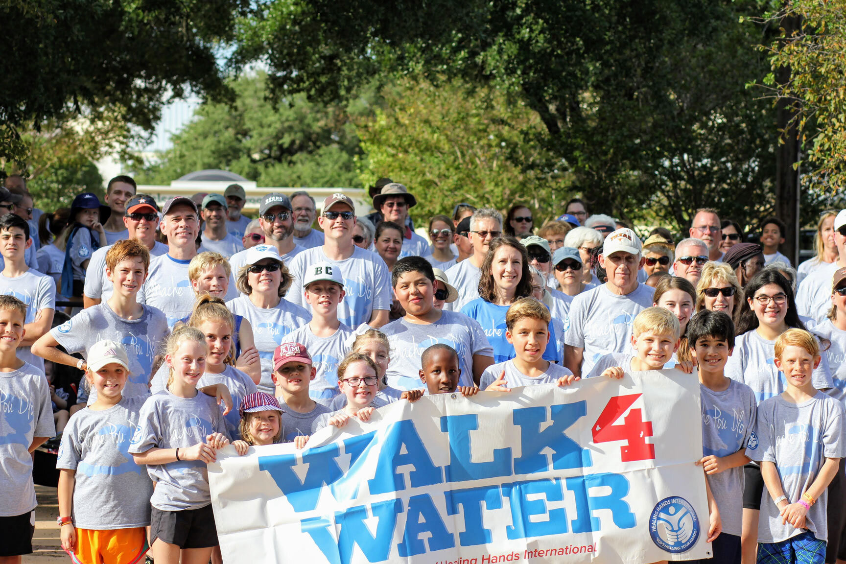 walk-for-water-group.jpg