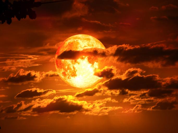 blood moon-869185504.jpg