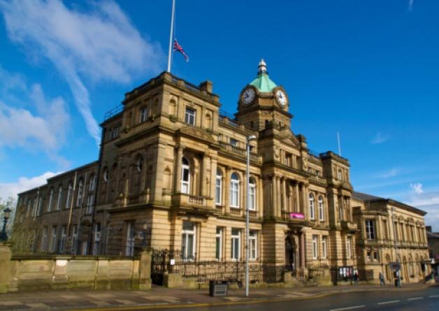 burnley town hall .jpg