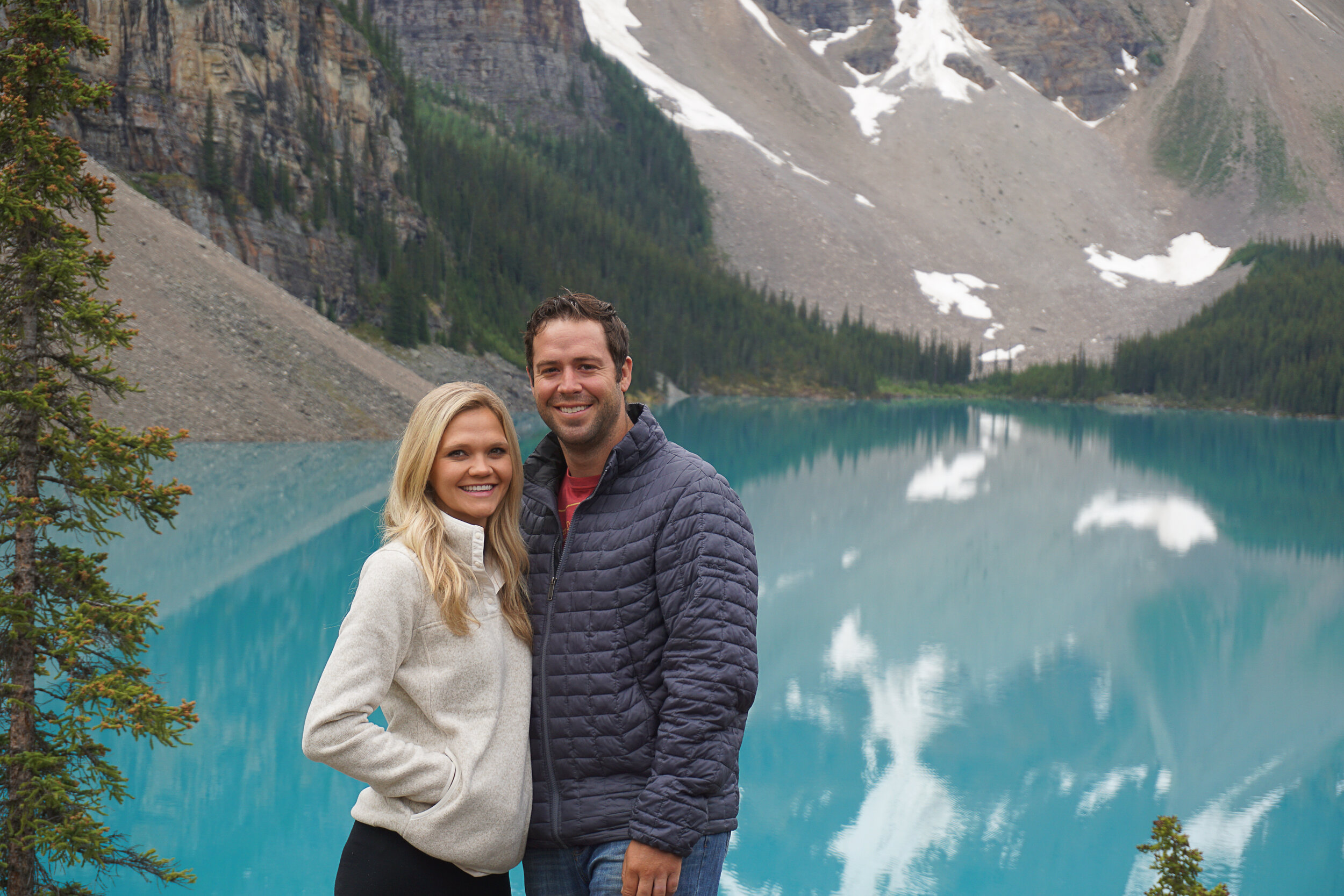 Lake Morraine, Canada.jpg
