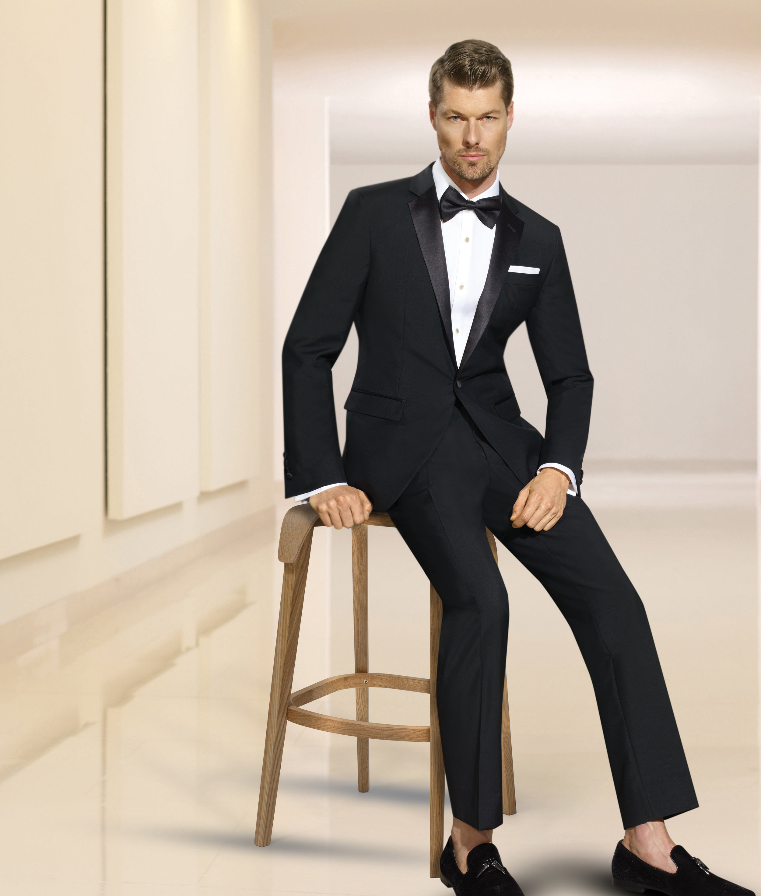 PRIVE TUXEDO 1-BUTTON NOTCH - BLACK