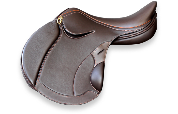 SF MELBOURNE MONOFLAP - The StrideFree® Melbourne Monoflap has been refined for close contact, with the stirrup bar alignment supporting the mobility and forever changing gravity of the rider to suit his or her position.