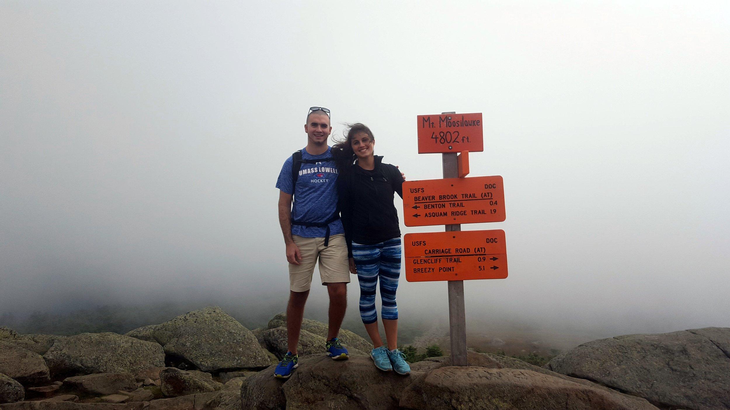 mt. moosilauke summit sign