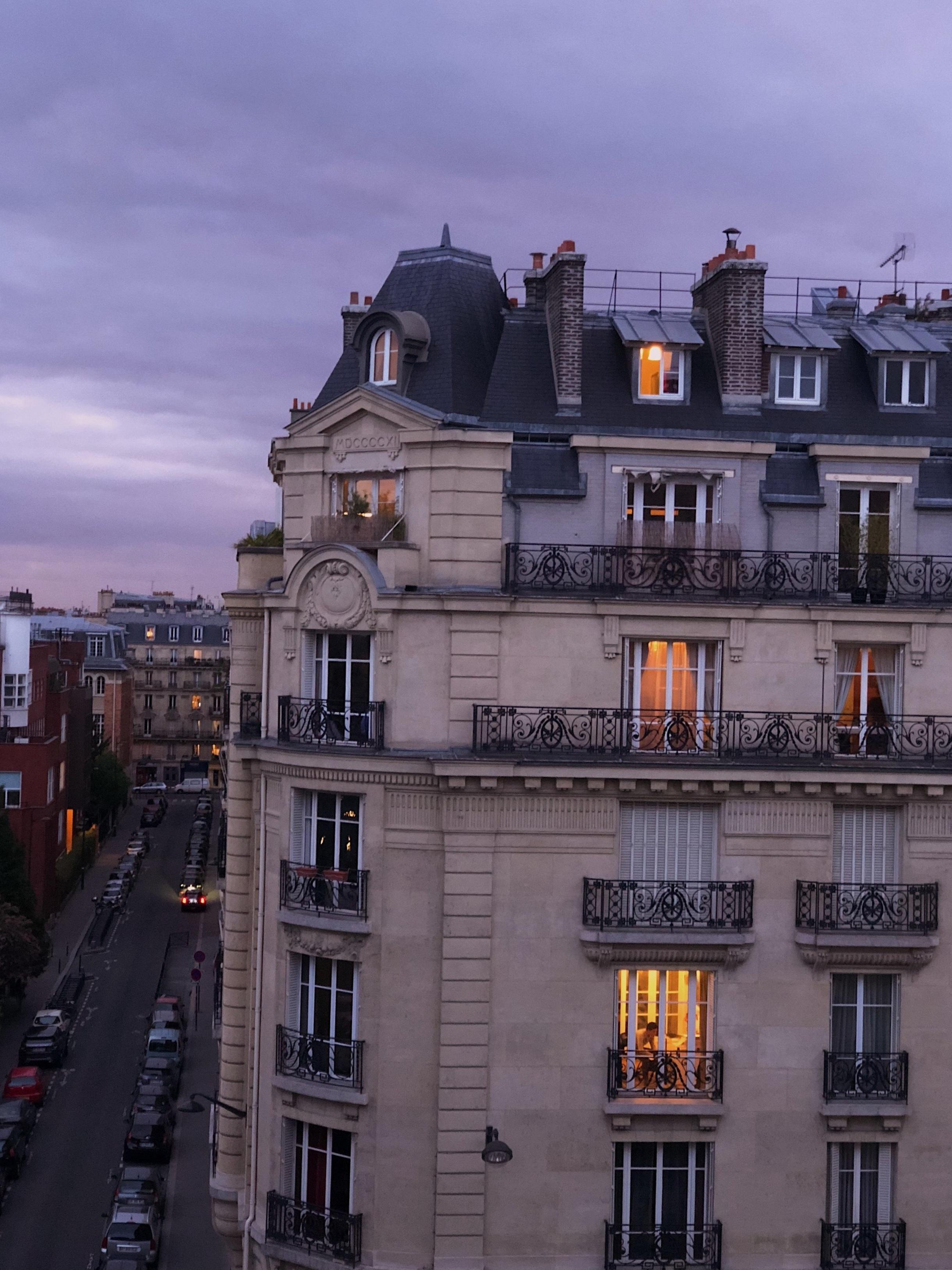 Paris 7ème ou 15ème - pour Laurent qui recherche un appartement pour lui et ses 2 enfants scolarisés dans le 7ème