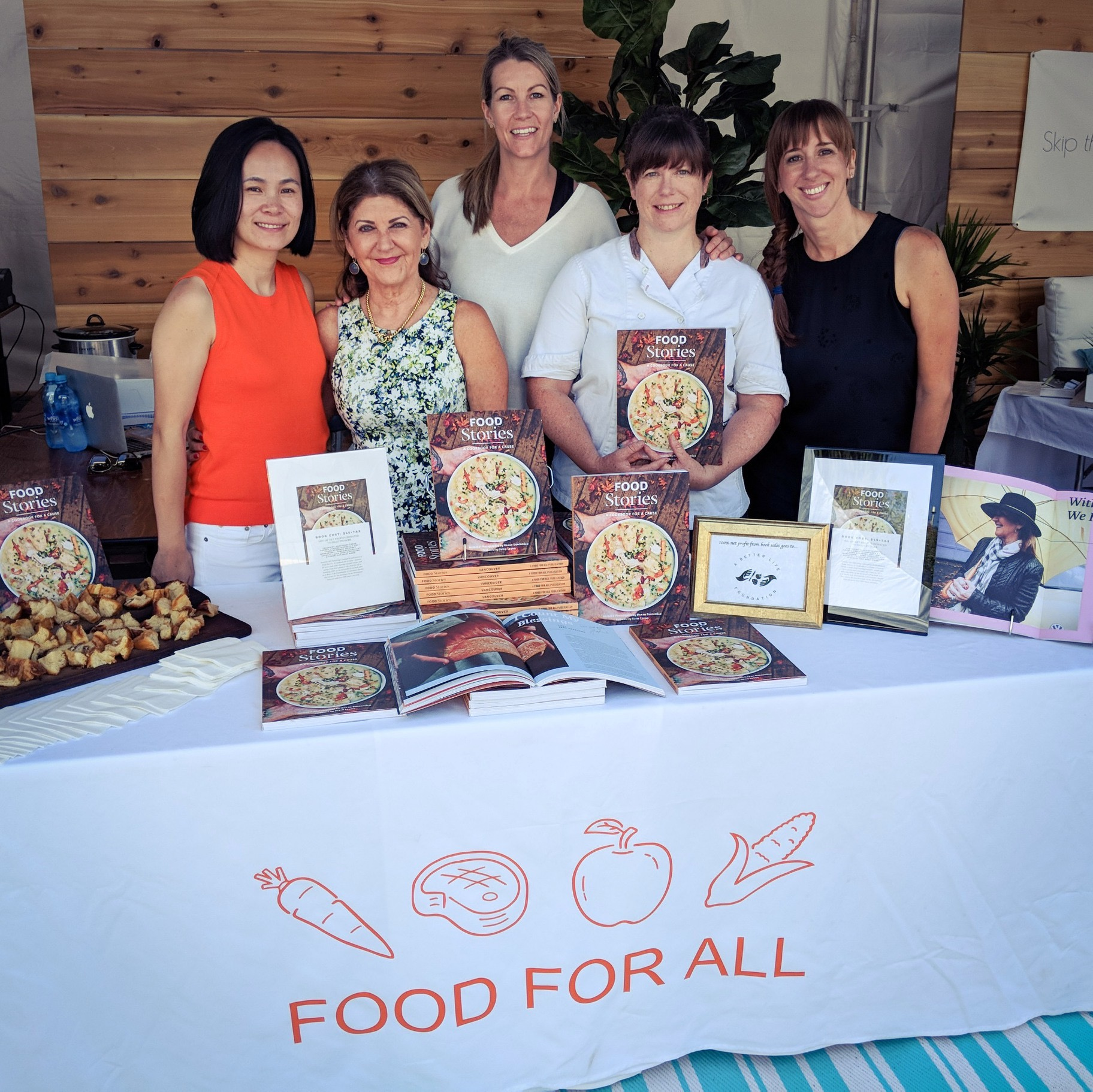 Chef Caren McSherry (Gourmet Warehouse) and Chef Jane Copeland (Lift Breakfast Bar) join us at Hollyburn Country Club to promote Food Stories during the Van Open Tennis event.