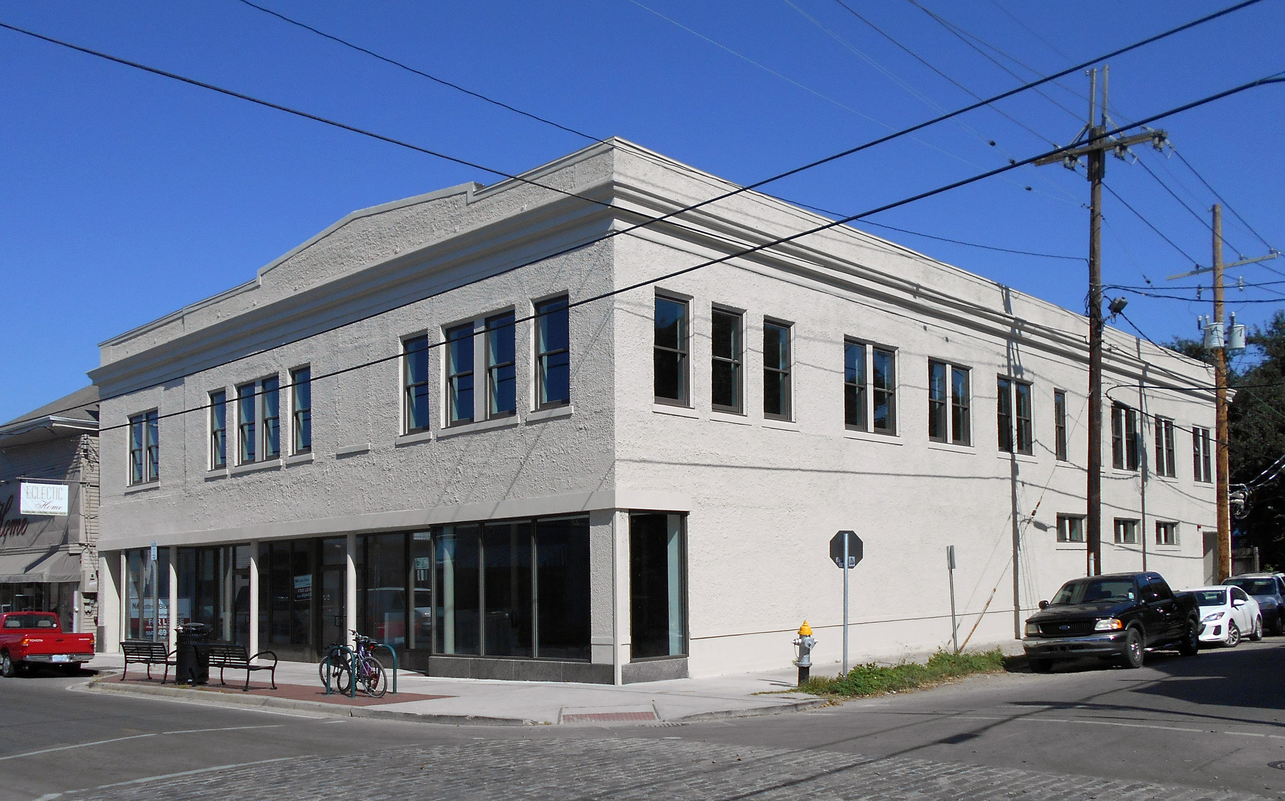 8201 Oak Street