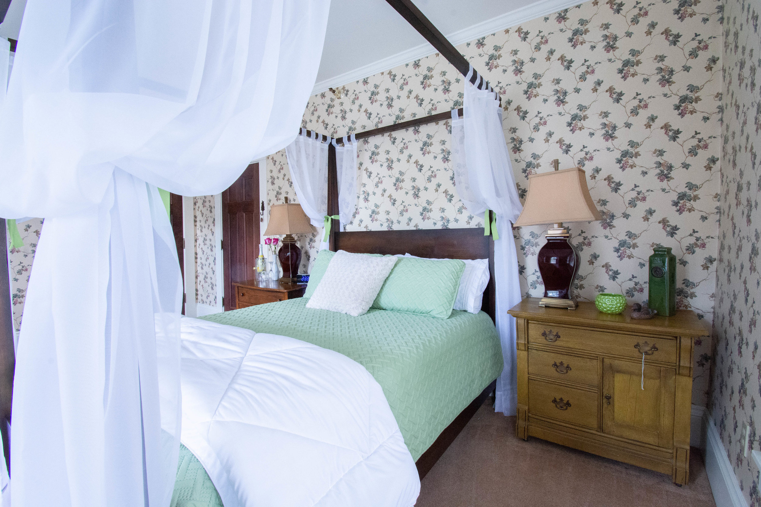 """alt=""""Green Duck bed from the foot of the bed on the right side"""""""