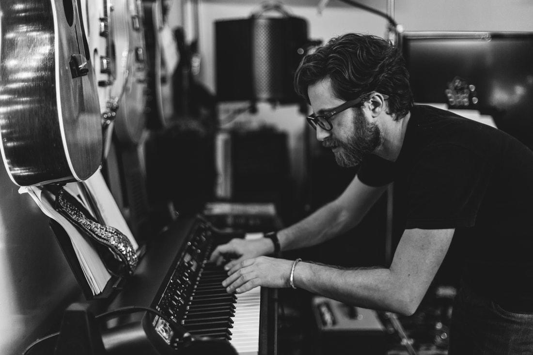 gingerbombs-recording-sessions-la-12-2017-202_2_orig.jpg