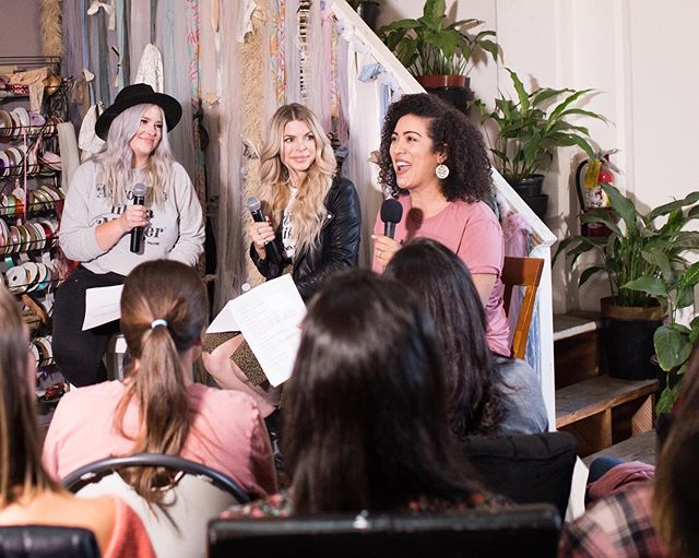 We loved being able to meet so many of you face to face! Thank you to everyone who came to the live recording of our season finale 💗 #advocatelikeamotherpodcast