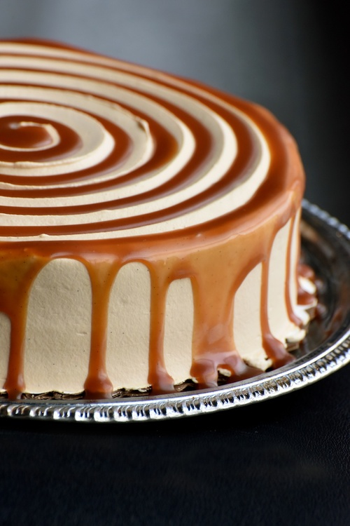 SALTED CARAMEL TRES LECHES