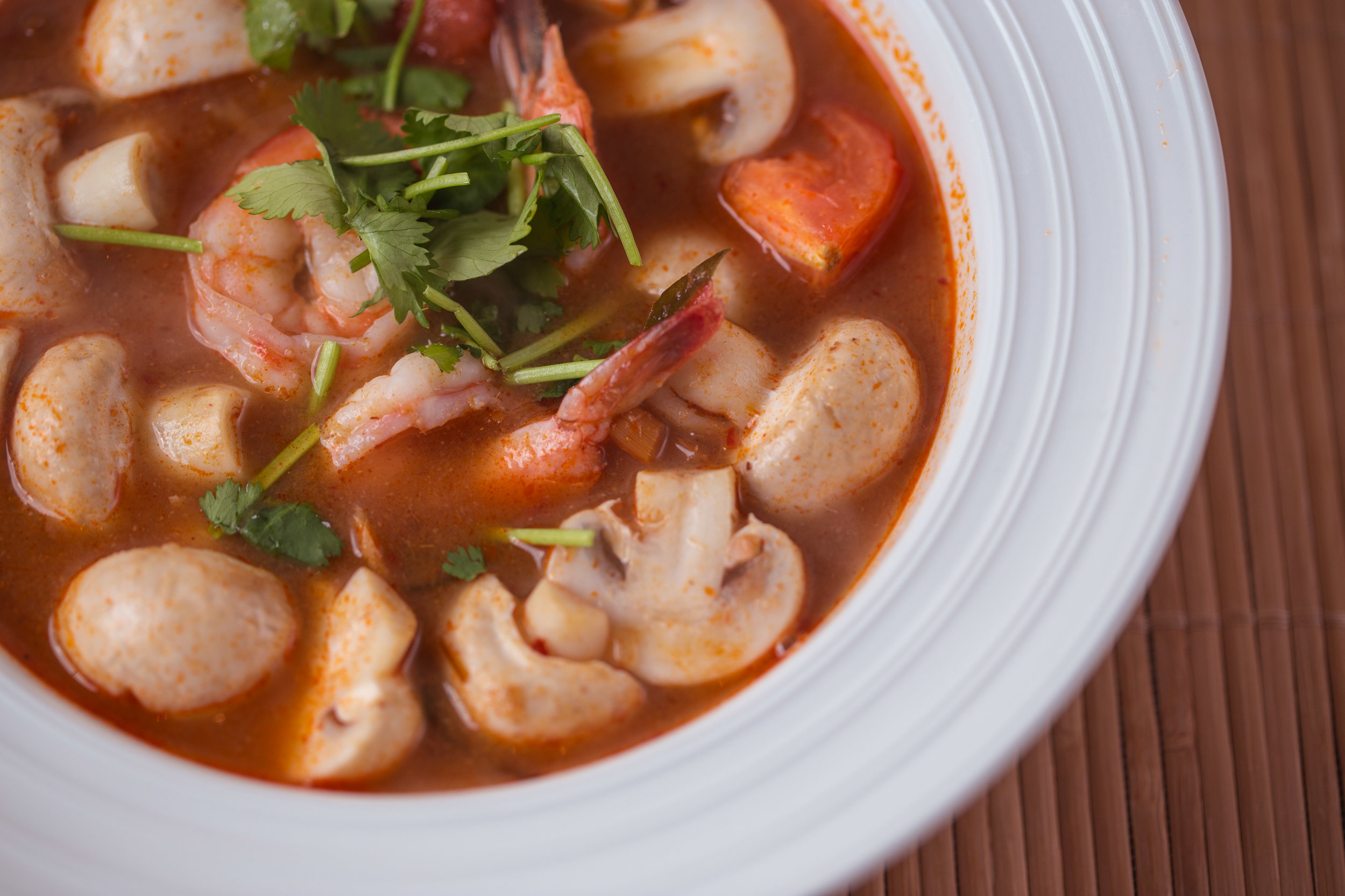 S2. Tom Yum Goong (Hot & Sour Soup)