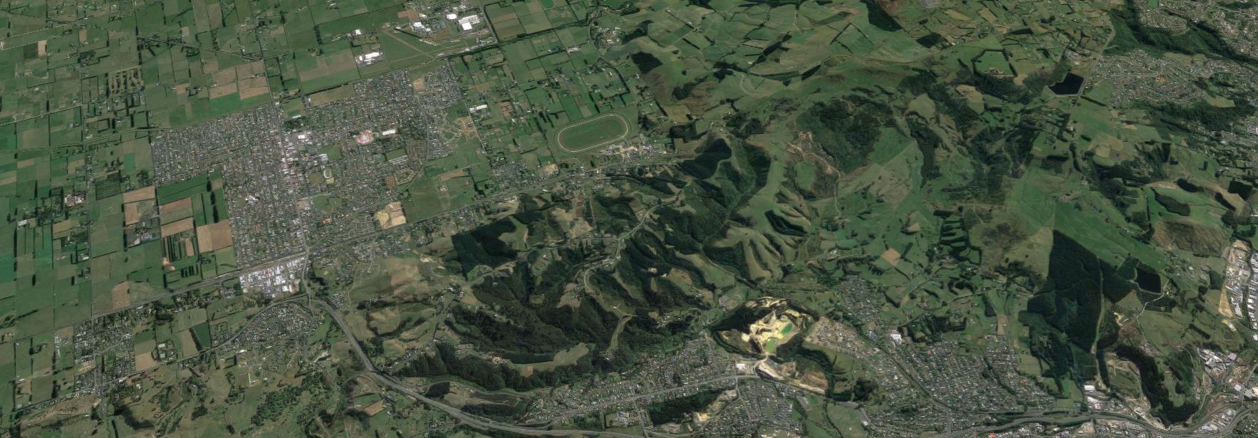Chain Hills.jpg