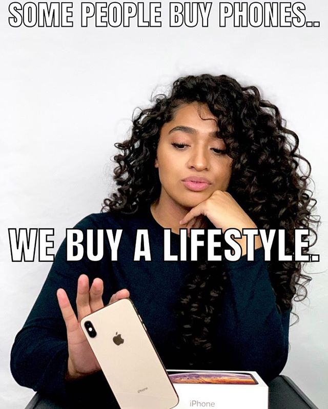 #teamiphone 🍏❤️ ..but whatever phone you have, my album will sound great on it! 😏😉 Go to the link in my bio and pre-order my album! 👑 #queendom #analeabrown #turnupwithanalea #shotoniphone • • • • #analeamusic #analeabrownmusic #teamanalea #teamanalea #queen #iphone #hatswomenwear #album #linkinbio #islandempirerecords #menschhouserecords #instaiphone #instagood #iphonexmax