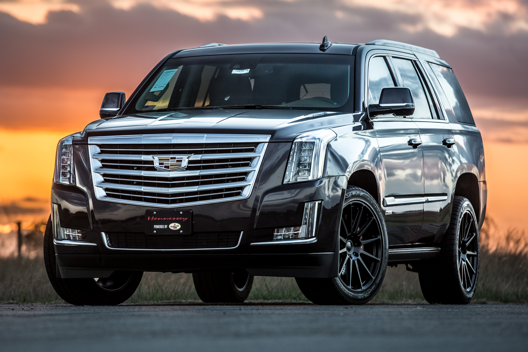 HPE800-Escalade-2016-Supercharged-8-crop-1.jpg