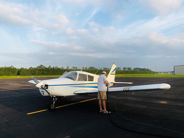 It's the official first day of summer, but no matter the weather a spotless preflight is essential before you head out. Checking your quantity and quality of fuel happens before each flight. Make sure this heat isn't preventing you from having a meticulous preflight, because we want you to have a safe and enjoyable lesson here at Wings Level!!