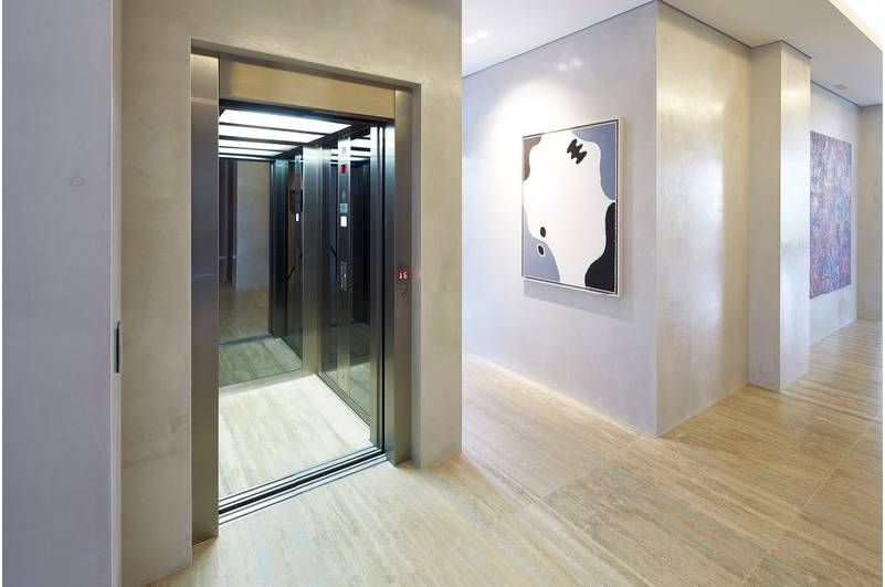 ARISTA MODEL (CUSTOM ELEVATOR CAB W/2 SPEED SLIDING DOORS)