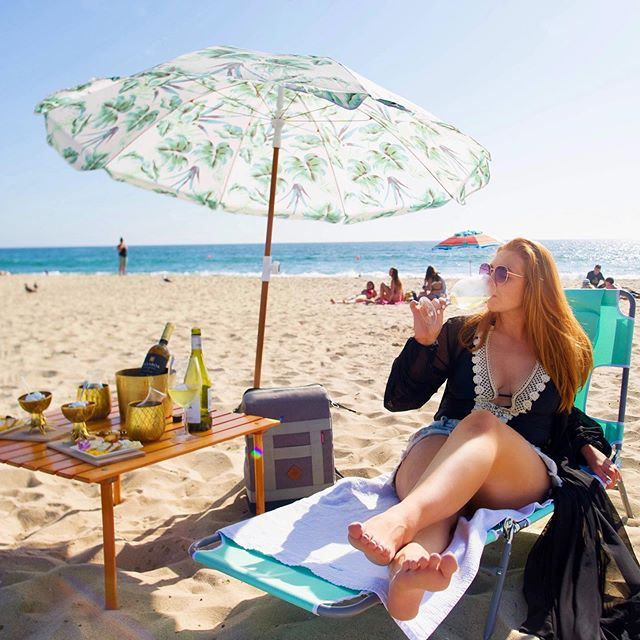 Friday vibes! 😎🏝🍷You can find me at the beach! I'll be watching my girl @adowdy11 with @avpbeach volleyball 🏐all weekend and I'm so excited! What are you up to this weekend?? 💗 #friyay #bestlife #goodvibesonly . . 📸 thanks @coastal_cocktails for grabbing this shot! 😘😘