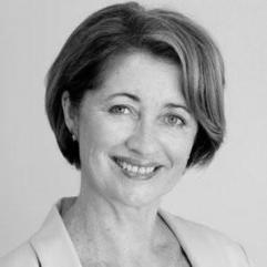 Maureen Murphy  Founder & Commercialisation Adviser  AusIndustry