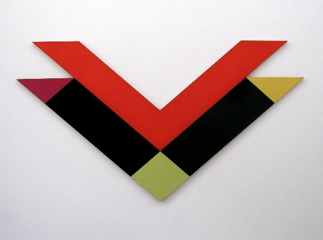 Black Reveal , 1968-1969, synthetic paint on canvas and enamel on glider plywood, 157 x 290 cm.