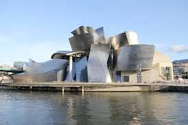 The Bilbao Guggenheim Museum, 1997 – Gehry's masterwork which elevated him to international stardom.