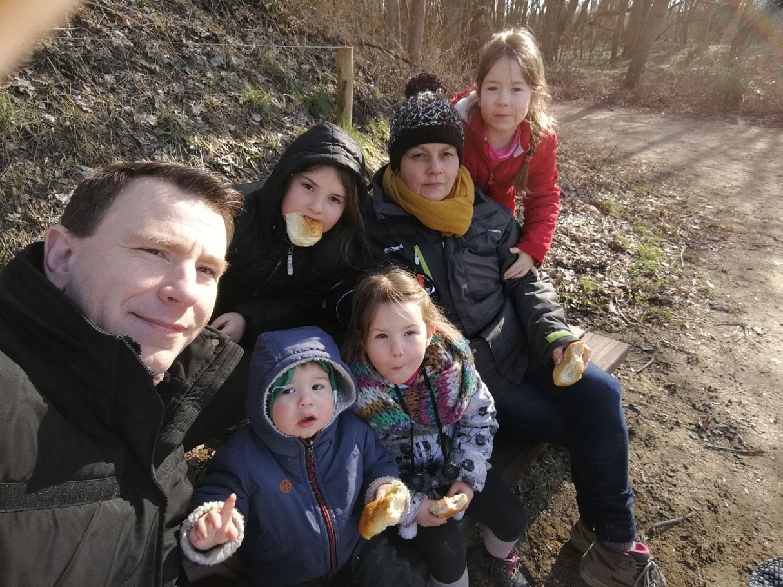 gezin wandeling bos.jpg