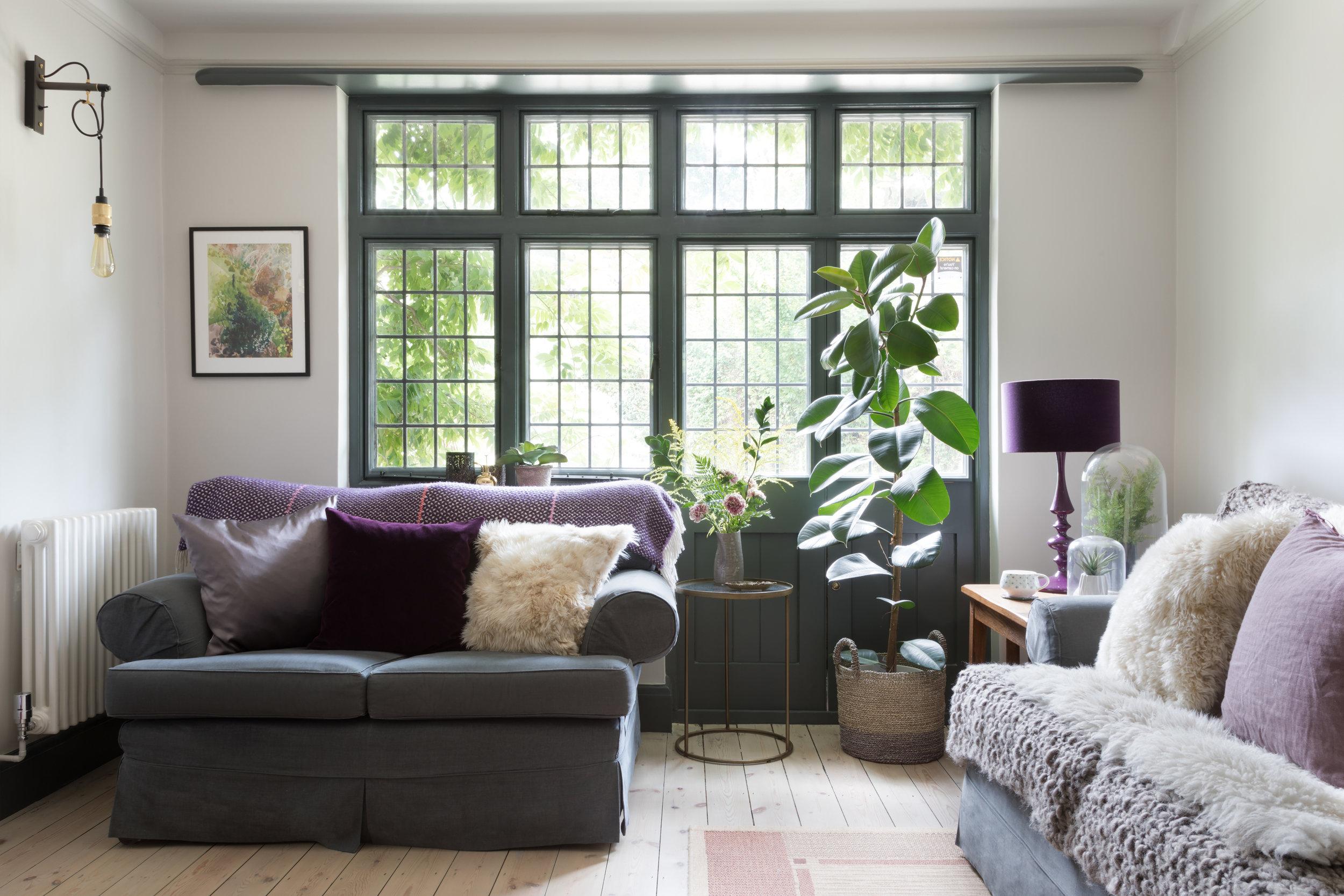 living-room-alison-anderson-interiors-dark-windows.jpg