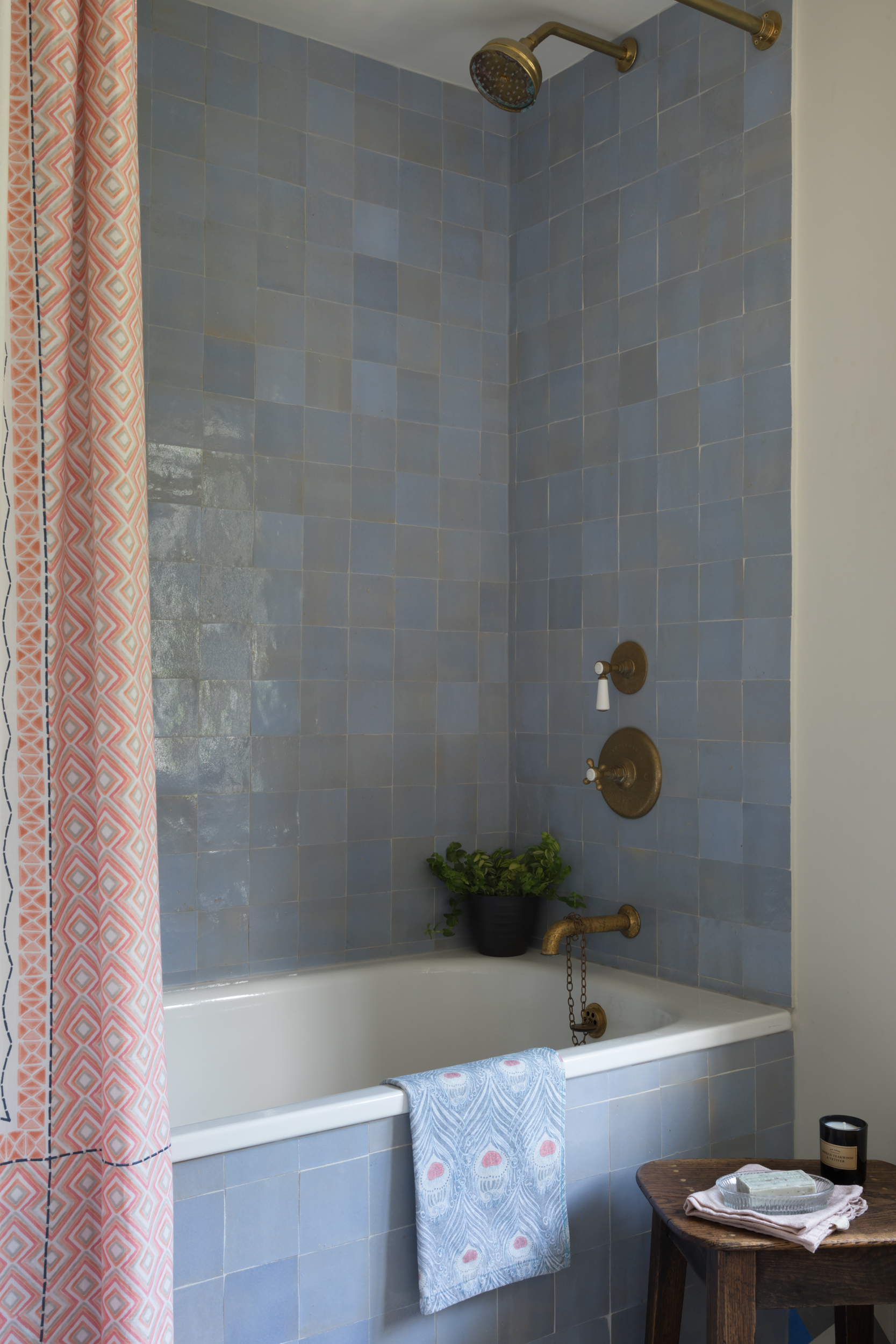 Bathroom-blue-zellige-tiles-brass-taps-alison-anderson-interiors.jpg