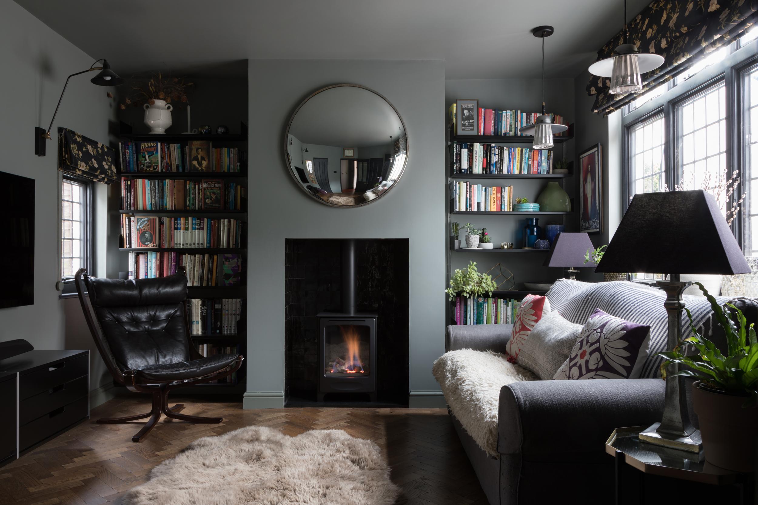 snug-tv-room-design-by-alison-anderson-interiors.jpg