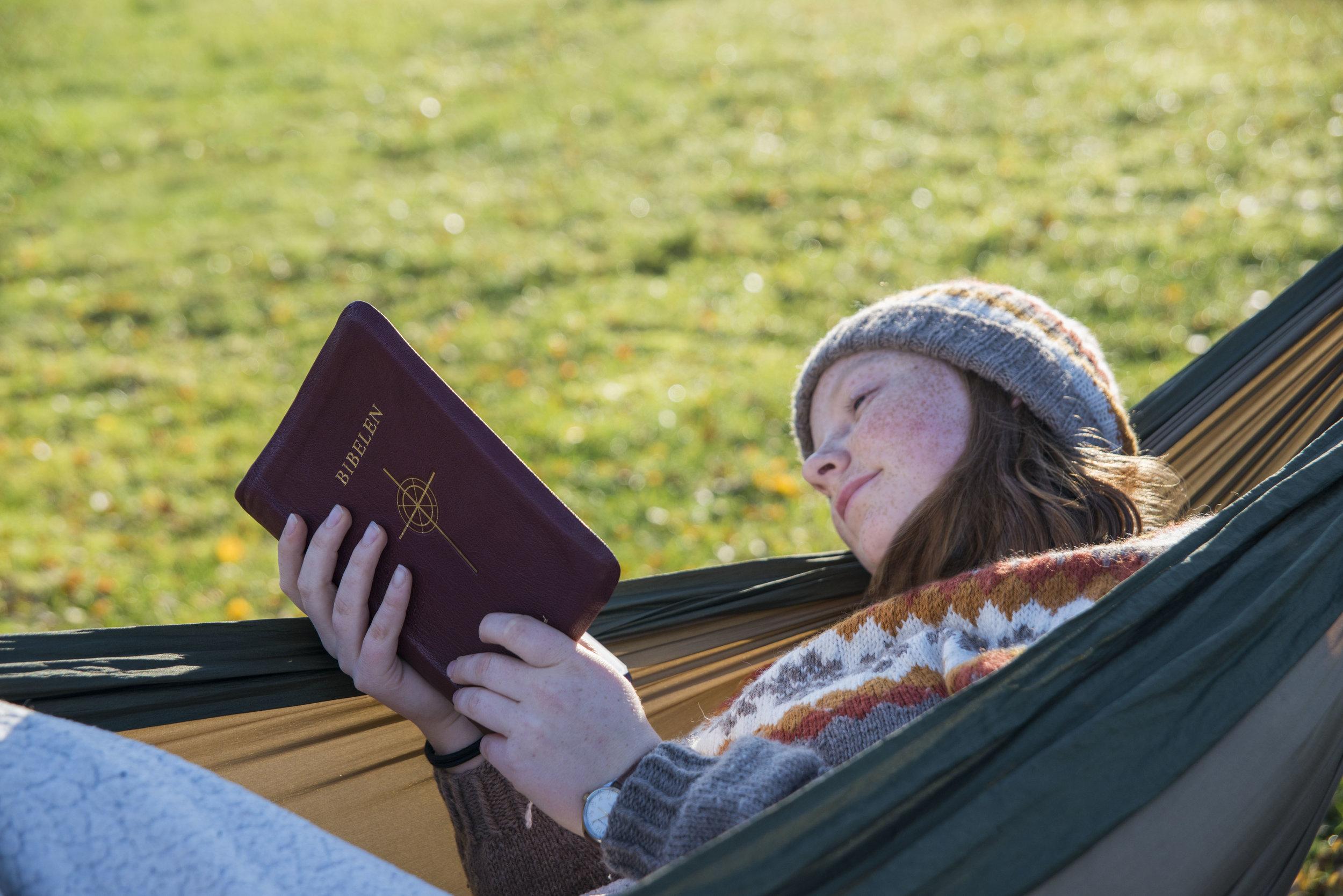 Grete og bibel2.jpg