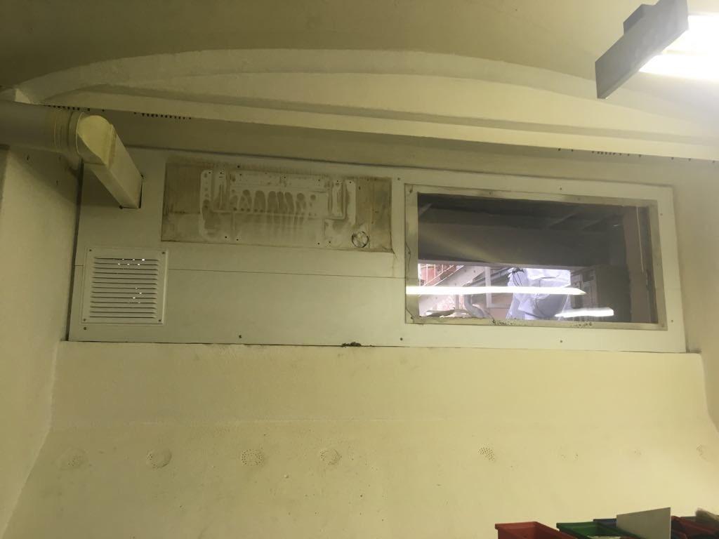 Fenster alt 2.jpg