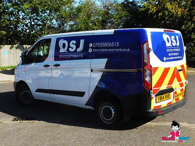 A bit of a vehicle wrap for DSJ Developments with a reflective chevron kit on the back for added visibility. Vehicle branding is a low cost yet effective advertising method that just keeps giving, years and years. Visit www.birsignwriting.co.uk for more information. . . #vehicle #vehiclewraps #customvehiclewraps #vehiclewrapping #vehiclewrap #vehiclebranding #fordcustom #fordtransit #fordtransitcustom #smallbusiness #branding #brandingdesign #waterlooville #horndean #branditright #brandidentity