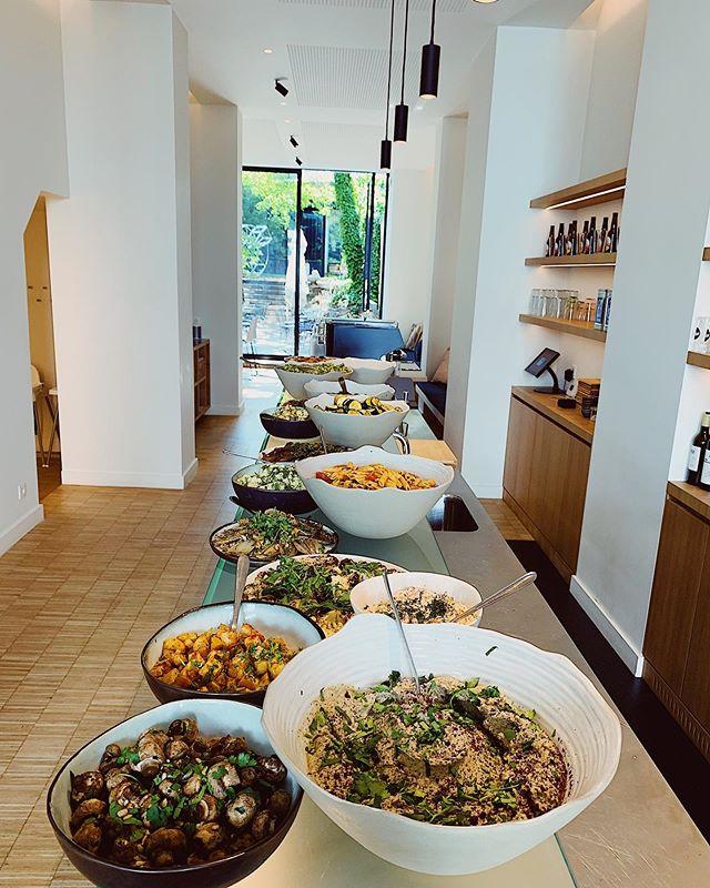 N'oubliez pas de réserver pour le brunch samedi & dimanche 10h30 - 15h 🥞 #heathlyfood #brunch  #brunchtime #yummy #delicious #breakfast #lunch #lunchtime