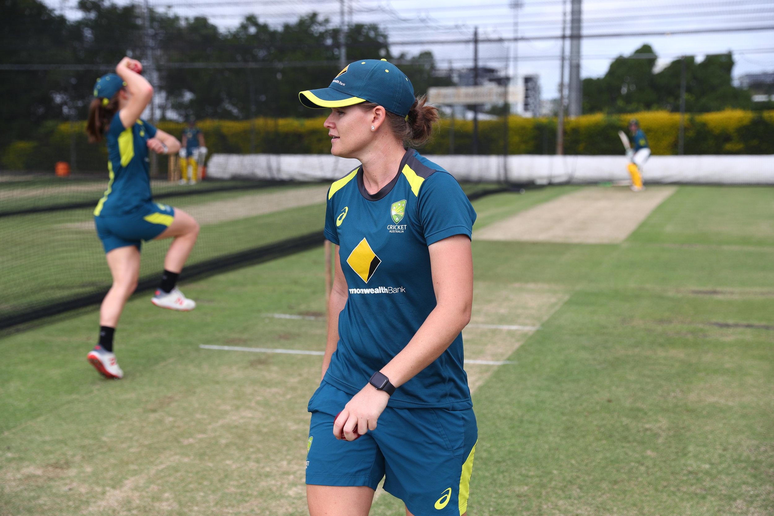 Australia-womens-cricket-team-uses-Apple-Watch-cricket-players-062319.jpg