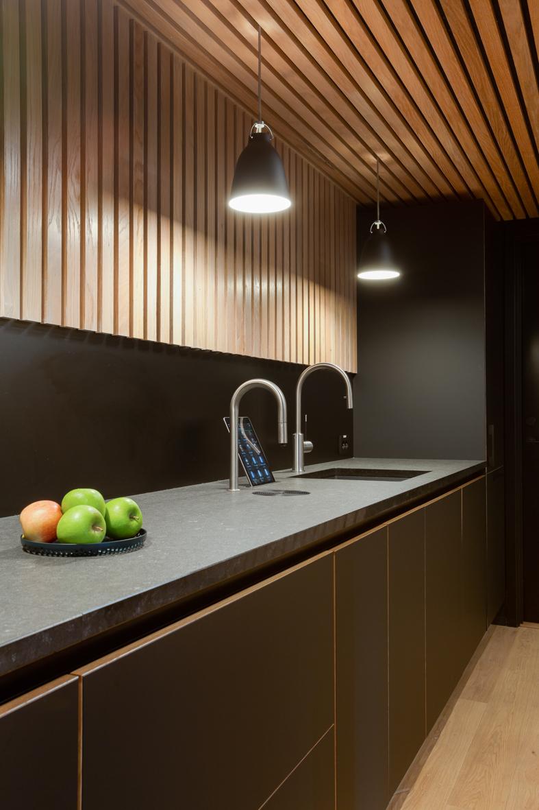 Bank kjøkkenbenk spiseplass puaserom interiørarkitekt oslo .jpg